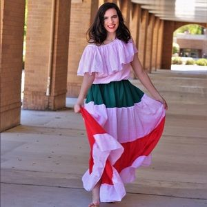 Mexican Folk Dress/Pollera